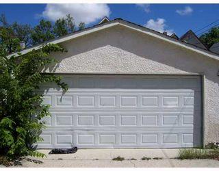 Photo 8: 636 ROSS Avenue in WINNIPEG: Brooklands / Weston Residential for sale (West Winnipeg)  : MLS®# 2813455