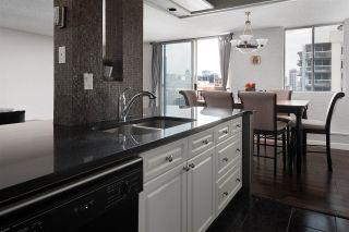 Photo 7: 1408 11307 99 Avenue in Edmonton: Zone 12 Condo for sale : MLS®# E4230195