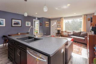Photo 3: 590 Bradley St in : Na Central Nanaimo House for sale (Nanaimo)  : MLS®# 867131