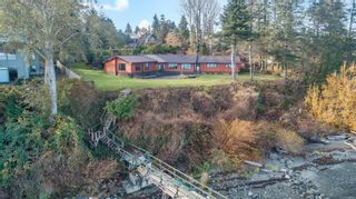Photo 4: 1702 Wood Rd in : CR Campbell River North House for sale (Campbell River)  : MLS®# 860065