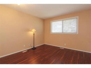 Photo 25: 3440 56 Street NE in Calgary: Temple House for sale : MLS®# C4004202
