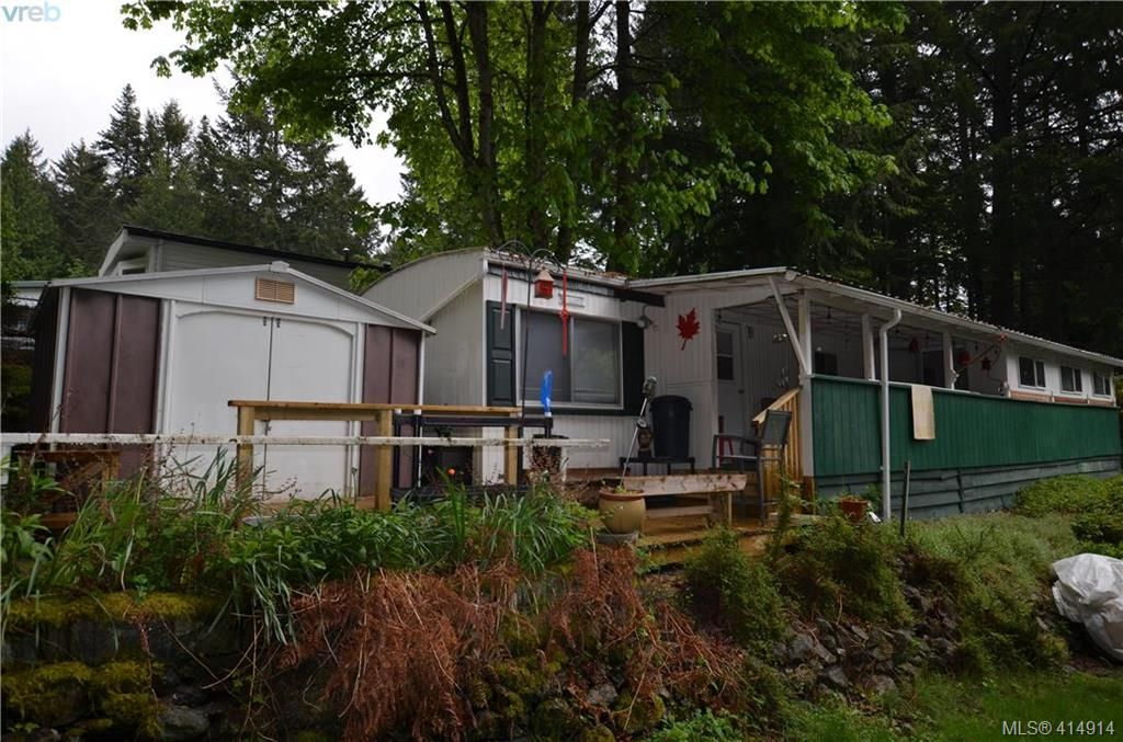 Main Photo: 131 2500 Florence Lake Rd in VICTORIA: La Florence Lake Manufactured Home for sale (Langford)  : MLS®# 822976