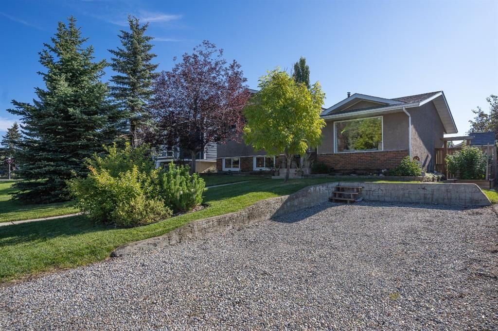 Main Photo: 6 Glenpatrick Road: Cochrane Detached for sale : MLS®# A1146547