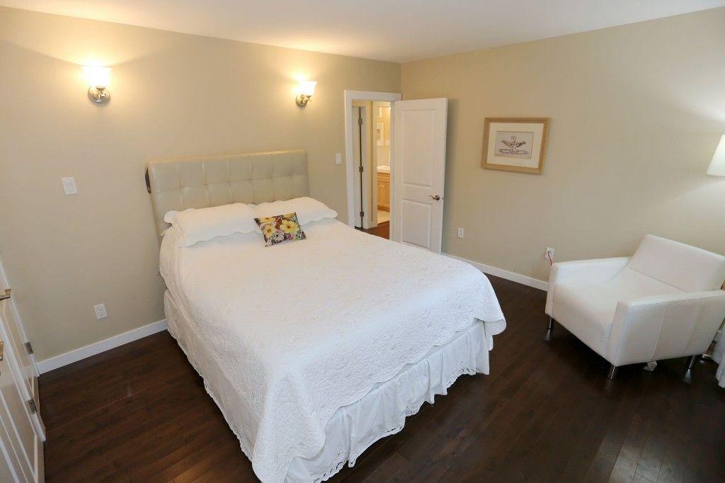 Photo 14: Photos: 306 Wildwood Park in Winnipeg: Wildwood Single Family Detached for sale (1J)  : MLS®# 1728410