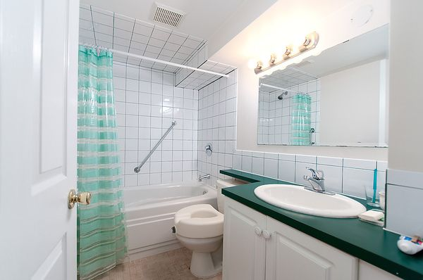 Photo 28: Photos: 4073 W 19TH Avenue in Vancouver: Dunbar House for sale (Vancouver West)  : MLS®# V995201