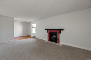 Photo 10: 201 585 Dogwood St in : CR Campbell River Central Condo for sale (Campbell River)  : MLS®# 879500