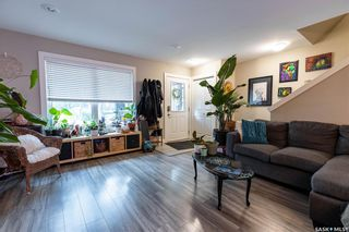 Photo 6: 210 G Avenue North in Saskatoon: Caswell Hill Residential for sale : MLS®# SK862640