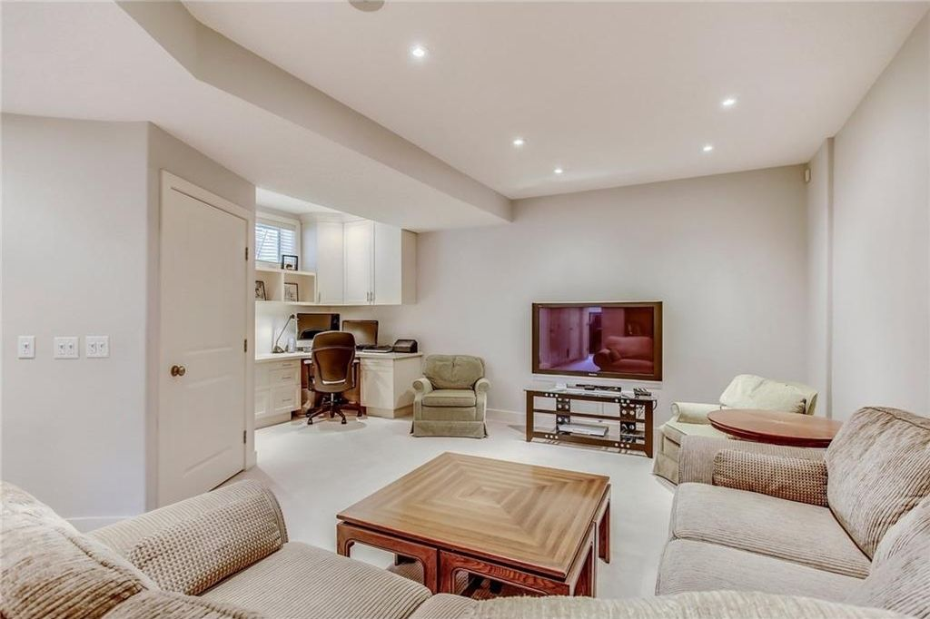 Photo 41: Photos: 3909 19 Street SW in Calgary: Altadore House for sale : MLS®# C4122880