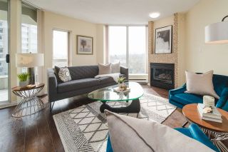 """Photo 3: 406 1135 QUAYSIDE Drive in New Westminster: Quay Condo for sale in """"ANCHOR POINT"""" : MLS®# R2445630"""