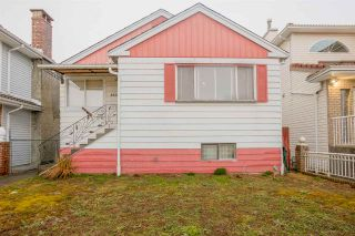 Photo 3: 2933 E 43RD Avenue in Vancouver: Killarney VE House for sale (Vancouver East)  : MLS®# R2145638