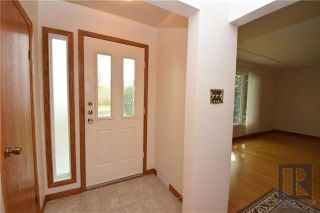 Photo 2: 589 Elm Street in Winnipeg: River Heights Residential for sale (1D)  : MLS®# 1826746
