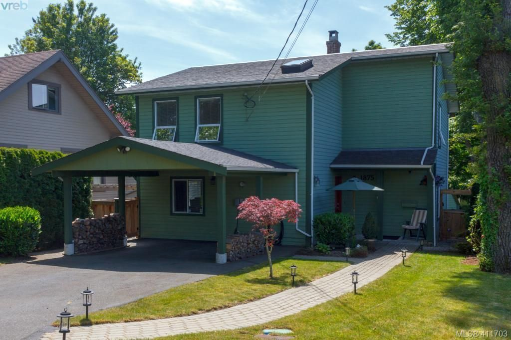 Main Photo: 1875 Forrester St in VICTORIA: SE Camosun House for sale (Saanich East)  : MLS®# 816223