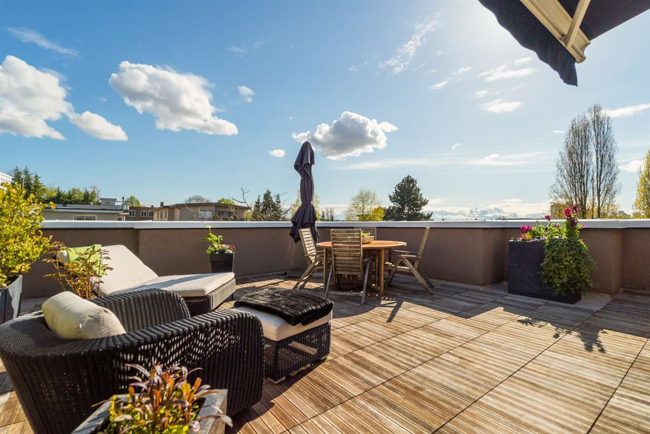 Main Photo: PH1 2245 ETON STREET in Vancouver: Hastings Condo for sale (Vancouver East)  : MLS®# R2161942