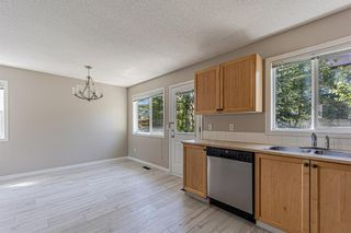 Photo 15: 121 Citadel Point NW in Calgary: Citadel Row/Townhouse for sale : MLS®# A1121802