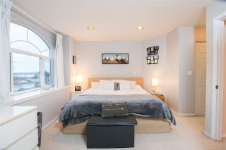Photo 15: 422 E 2ND Street in North Vancouver: Lower Lonsdale 1/2 Duplex for sale : MLS®# R2533821