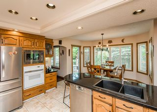 Photo 13: 519 Woodhaven Bay SW in Calgary: Woodbine Detached for sale : MLS®# A1130696
