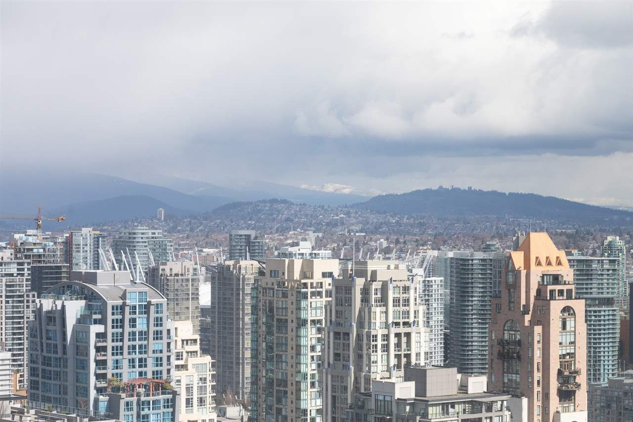 Photo 1: Photos: 4007 1480 HOWE STREET in Vancouver: Yaletown Condo for sale (Vancouver West)  : MLS®# R2486474