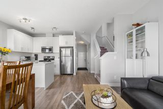Photo 6: 1404 Jumping Pound Common: Cochrane Row/Townhouse for sale : MLS®# A1146897