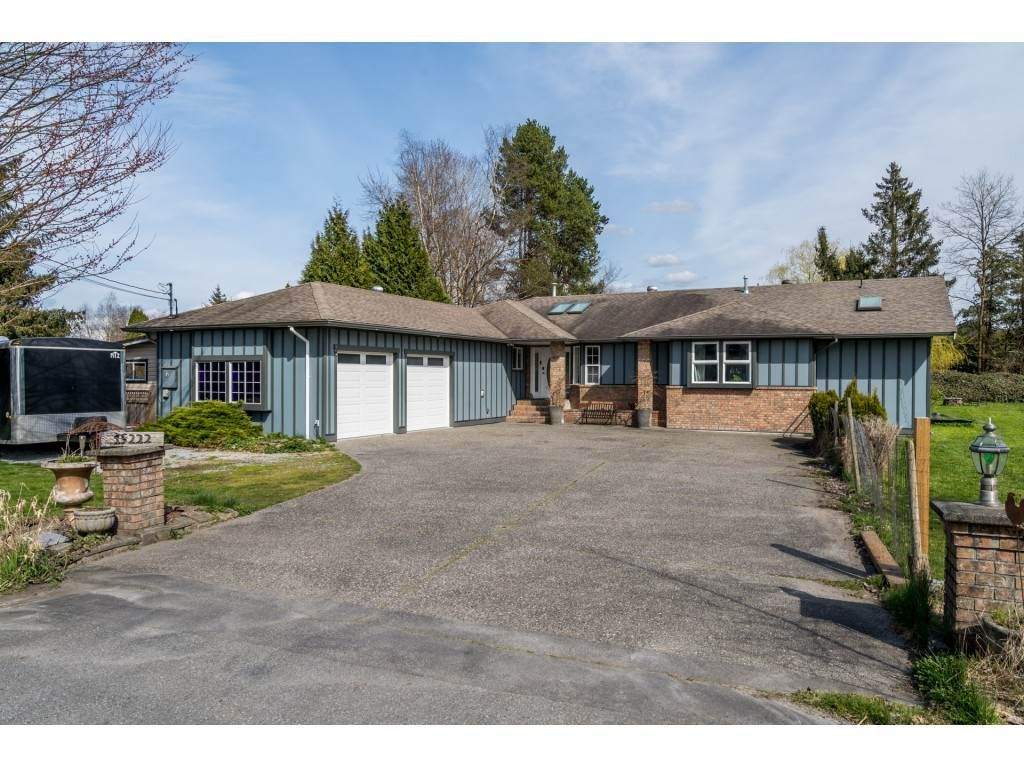 Main Photo: 15222 HARRIS Road in Pitt Meadows: West Meadows House for sale : MLS®# R2561730