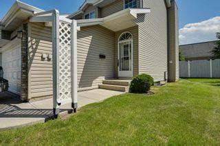 Photo 1: 1 20 DEERBOURNE Drive: St. Albert Townhouse for sale : MLS®# E4251286