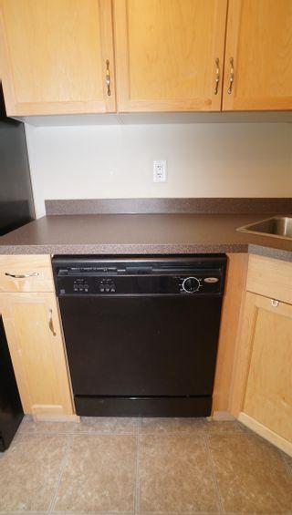 Photo 15: 106 5951 165 Avenue in Edmonton: Zone 03 Condo for sale : MLS®# E4259371