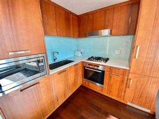 """Photo 14: 1102 1565 W 6TH Avenue in Vancouver: False Creek Condo for sale in """"6TH & FIR"""" (Vancouver West)  : MLS®# R2602181"""