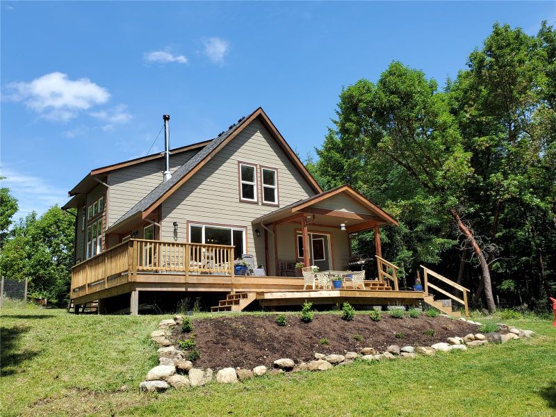 FEATURED LISTING: 1975 Seymour Rd