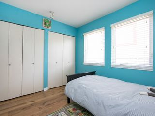 Photo 28: 130 LAKEWOOD DRIVE in Vancouver East: Hastings Home for sale ()  : MLS®# R2067409