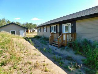 Photo 2: 36 Ho Hum Crescent: Rural Sturgeon County House for sale : MLS®# E4258451