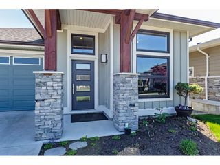 """Photo 2: 31 46110 THOMAS Road in Chilliwack: Vedder S Watson-Promontory House for sale in """"Thomas Crossing"""" (Sardis)  : MLS®# R2567691"""
