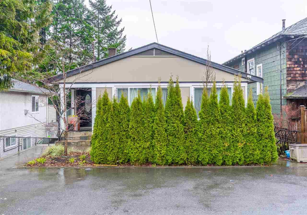 Main Photo: 336 RICHMOND STREET in New Westminster: Sapperton House for sale : MLS®# R2535538