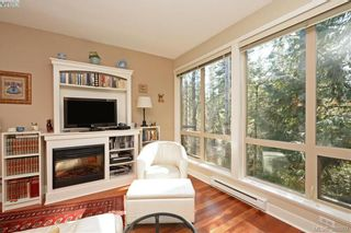 Photo 4: 206 627 Brookside Rd in VICTORIA: Co Latoria Condo for sale (Colwood)  : MLS®# 781371
