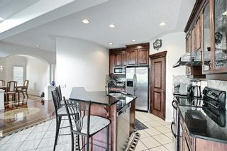 Photo 12: 125 Sienna Park Drive SW in Calgary: Signal Hill Detached for sale : MLS®# A1117082