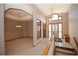 Photo 5: 13 DOUGLAS WOODS Manor SE in CALGARY: Douglasdale Estates Residential Detached Single Family for sale (Calgary)  : MLS®# C3595448