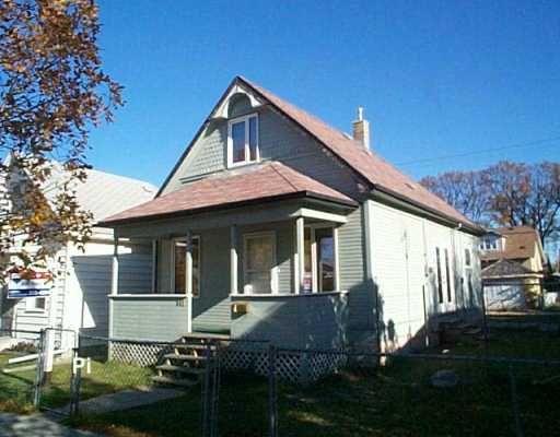 Main Photo: 841 REDWOOD Avenue in WINNIPEG: North End Single Family Detached for sale (North West Winnipeg)  : MLS®# 2717283