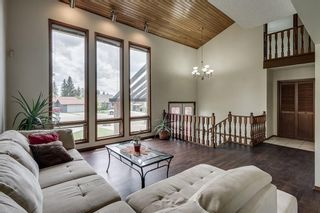 Photo 2: 432 RANCH ESTATES Place NW in Calgary: Ranchlands Detached for sale : MLS®# C4300339