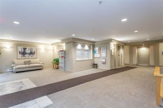 "Photo 3: 411 15220 GUILDFORD Drive in Surrey: Guildford Condo for sale in ""BOULEVARD CLUB"" (North Surrey)  : MLS®# R2540523"
