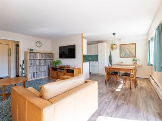 """Photo 2: 43 866 PREMIER Street in North Vancouver: Lynnmour Condo for sale in """"EDGEWATER ESTATES"""" : MLS®# R2558942"""