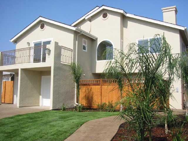 Main Photo: CITY HEIGHTS Residential for sale : 2 bedrooms : 3564 43RD STREET #1 in SAN DIEGO