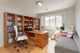 Photo 12: 2402 W 19TH Avenue in Vancouver: Arbutus House for sale (Vancouver West)  : MLS®# R2121010