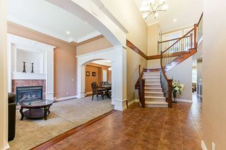 Photo 3: 16776 BEECHWOOD COURT in Surrey: Fraser Heights House for sale (North Surrey)  : MLS®# R2285462