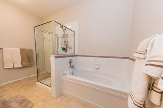 """Photo 9: 59 20770 97B Avenue in Langley: Walnut Grove Townhouse for sale in """"MUNDAY CREEK"""" : MLS®# R2271523"""