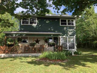 Photo 2: 38 SEVENTH Street in Trenton: 107-Trenton,Westville,Pictou Residential for sale (Northern Region)  : MLS®# 202015189