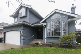Photo 1: 8283 157A Street in Surrey: Fleetwood Tynehead House for sale : MLS®# R2175398