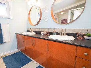 """Photo 16: 624 LOWER Crescent in Squamish: Britannia Beach House for sale in """"Britannia Beach Estates"""" : MLS®# R2471815"""
