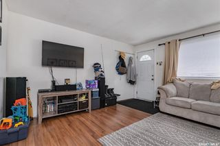 Photo 4: 3226 Massey Drive in Saskatoon: Massey Place Residential for sale : MLS®# SK860135