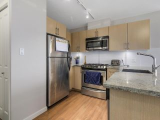 "Photo 14: 1507 1068 W BROADWAY in Vancouver: Fairview VW Condo for sale in ""The Zone"" (Vancouver West)  : MLS®# R2137350"