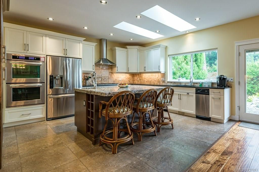 Photo 22: Photos: 1258 Potter Pl in : CV Comox (Town of) House for sale (Comox Valley)  : MLS®# 855993