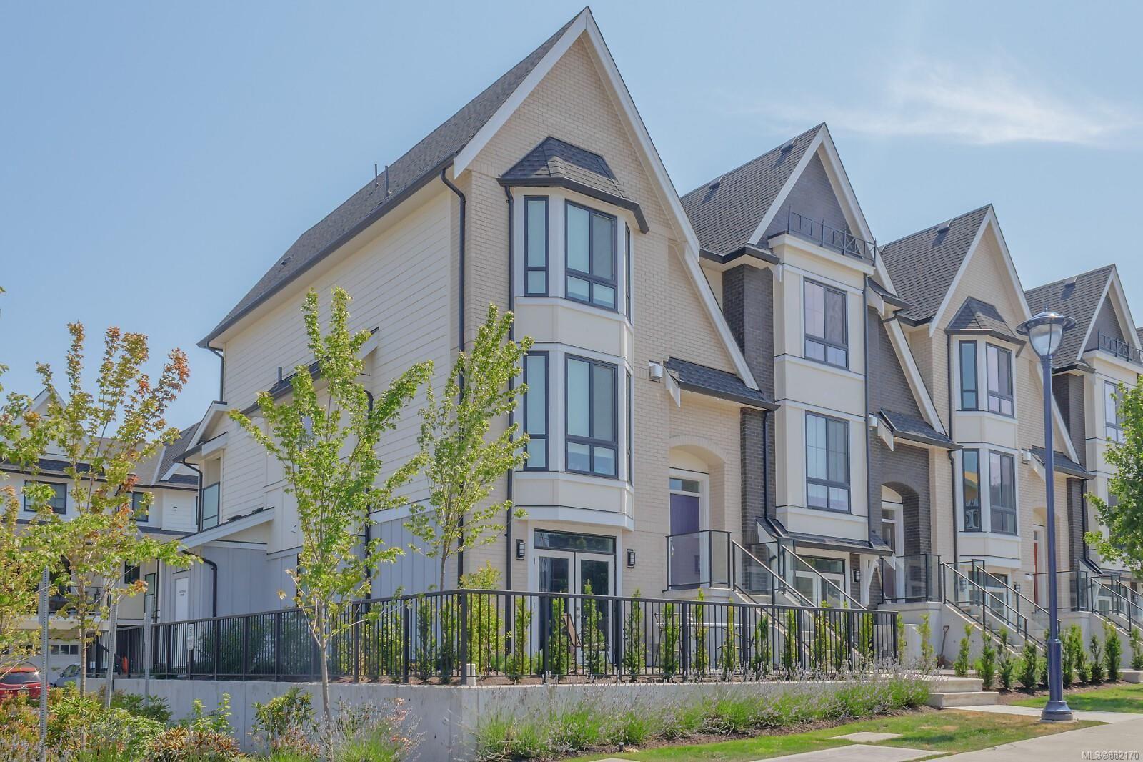 Main Photo: 107 2990 Burlington Cres in : La Westhills Row/Townhouse for sale (Langford)  : MLS®# 882170