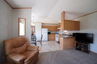 Photo 3: 703 Willow Bay in Portage la Prairie: House for sale : MLS®# 202113650